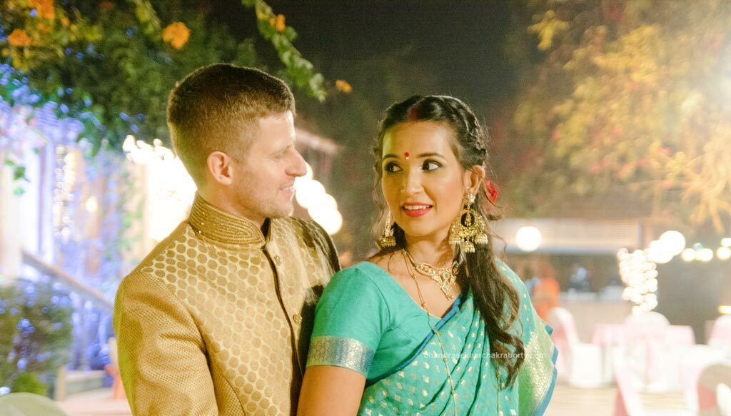 Indo Australian groom & bride, fusion Wedding at tolly club, Kolkata. Get best Wedding photography packages
