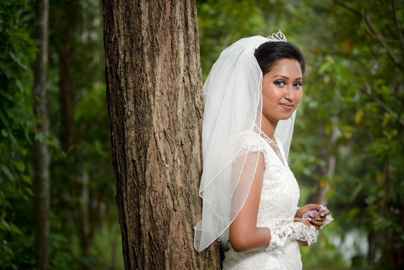 Outdoor photoshoot of Christian Bride Before wedding video